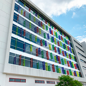 Methodist children hospital san antonio color pvb laminated glass